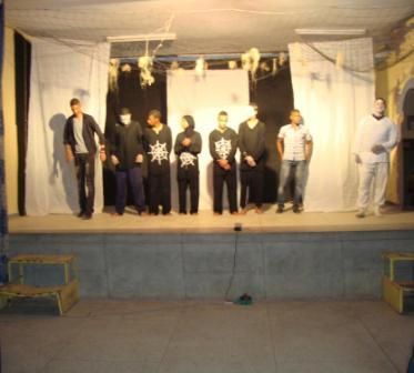 نادي أصدقاء تافيلالت لمسرح الشباب يحتفي باليوم العالمي لأب الفنون 