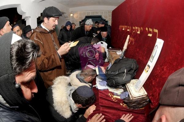 اليهود المغاربة يحيون موسم الهيلولة بكرامة.