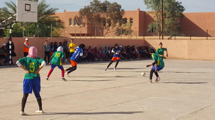 تازارين: أجواء حماسية تسود لقاءات الجولة الثالثة للدوري النسوي في كرة القدم المصغرة