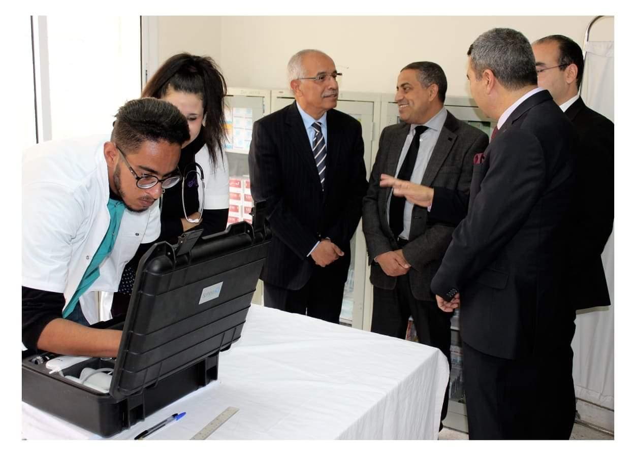 عامل اقليم ميدلت يعطي انطلاق مشروع التطبيب عن بعد من أنفكو و إملشيل