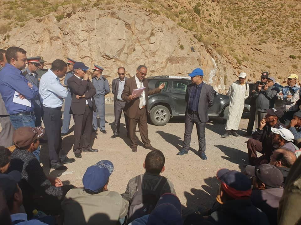 لجنة اقليمية توقف زحف مسيرة ساكنة أعباري وانمل ….