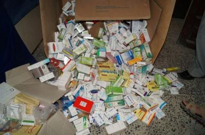 ادوية فاسدة  تقود صيدلاني الى التحقيق