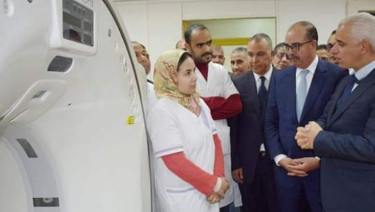 استدعاء الأطباء والاطر الطبية لحضور استقبال وزير الصحة يحرم مرضى مستشفى ميدلت من حقهم في الفحص والتطبيب